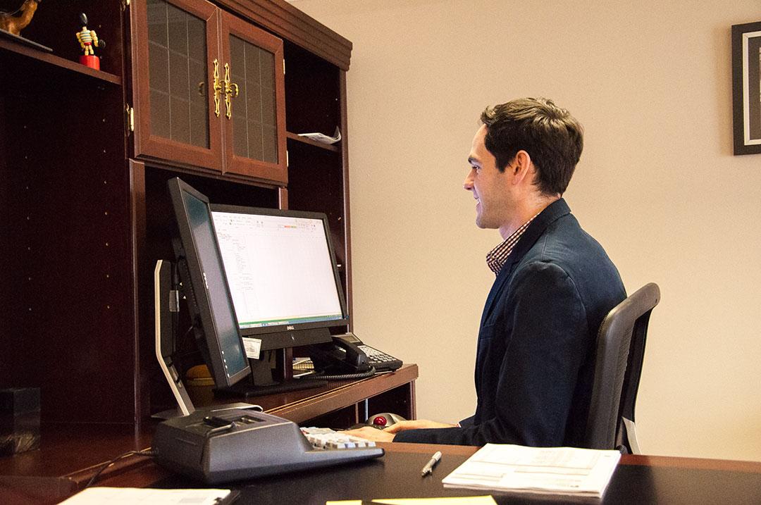 Accountant Hendersonville TN Mike Stevens